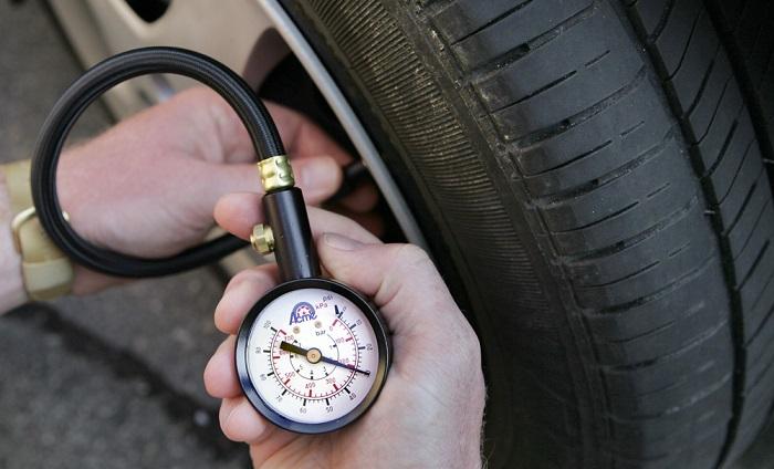 Замер давления в колесах