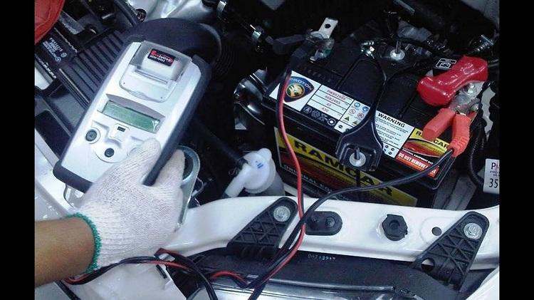 Kogda menyat akkumulyator avtomobilya 2 - Через сколько лет менять аккумулятор в автомобиле