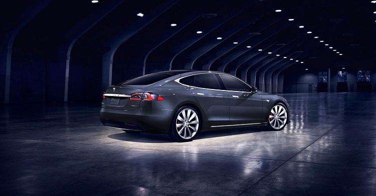 Автомобиль Тесла